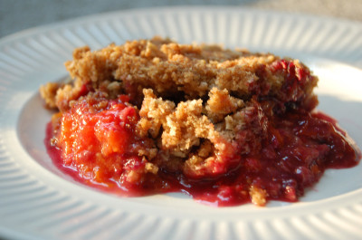 Apricot Raspberry Crumble